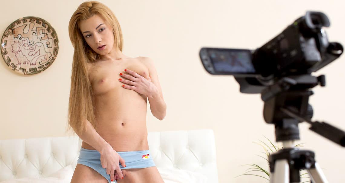 Sex tape of gorgeous Sonya Sweet - Club Seventeen