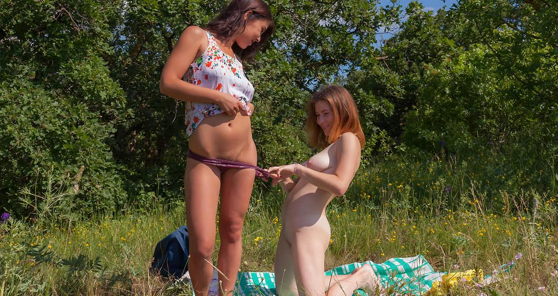 Beautiful teen having fun with her busty girlfriend - Club Seventeen