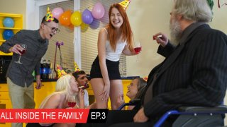 All inside the family Ep.3 Crazy birthday party! - Club Seventeen