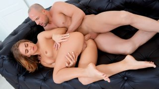 Couple works out when orgasming - Teen Mega World