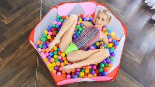 Bubble Pit Pussy Pleasure - Exxxtra Small