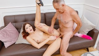 Check my tail and pussy! - Teen Mega World
